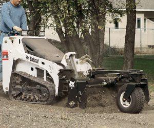 Mt55 Bobcat Kompaktraupen Anbaugeraet Kraftrechen First