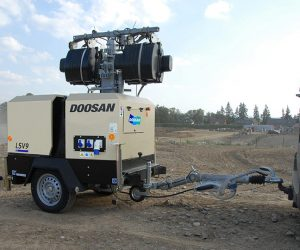 V9 Doosan Portable Power Lichtmast 1