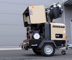 V9 Doosan Portable Power Lichtmast First